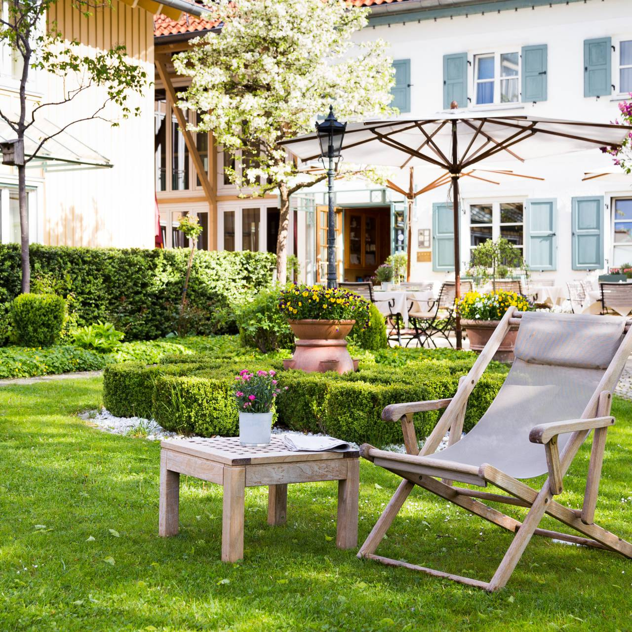 Garden in Hotel Seitner Hof in Pullach in the Isar Valley
